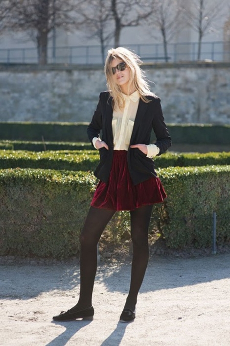red velvet skirt- parisian girl style